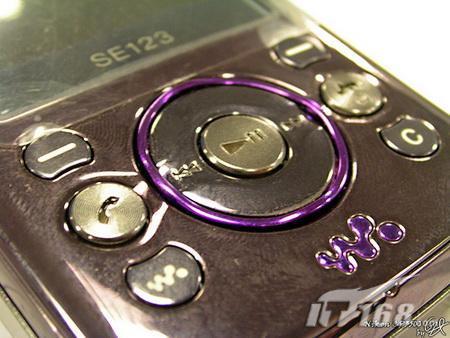Sony ericsson w395 walkman на фото